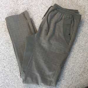 New Cohesive & Co M Kostanza Joggers Olive Pants
